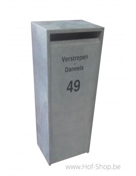 Gravure: nummer en naam op brievenbus