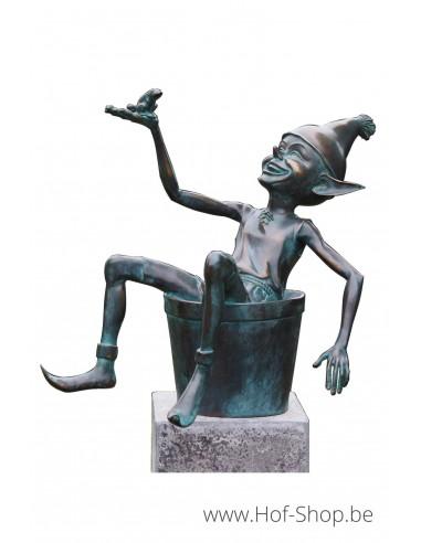 Pixie op emmer - bronzen beeld