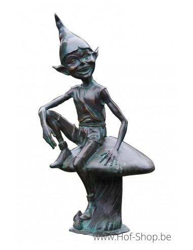 Pixie op paddenstoel - bronzen beeld