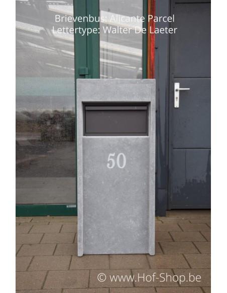 Gravure: nummer op brievenbus